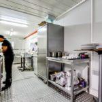 Realisation-rosny-sous-bois-restaurant-rigatoni-personnel-en-cuisine
