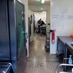 cuisine-temporaire-la-redorte-occitanie-vue-couloir-circulation